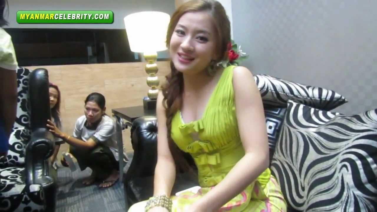 Wut Hmone Shwe Yee family