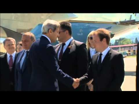 US Secretary of State Visits Russia: Kerry arrives in Sochi to discuss the conflict in Ukraine
