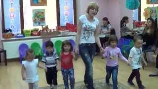 Комплексные занятия для детей 2 и 3 лет. 1 часть. Музыка вместе с мамой. www.kapetoshka.ru