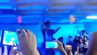 Tahsan live at United International University (UIU) sings Aalo Aalo