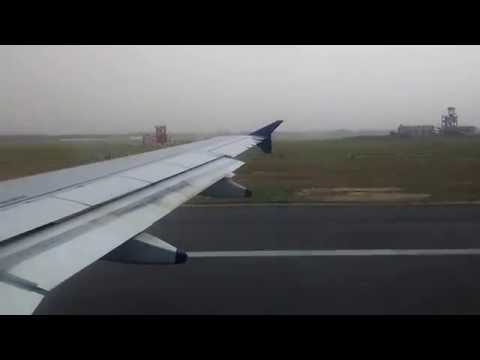 Indigo Airlines Airbus a320 takeoff in hazy weather from IGI ..!!!