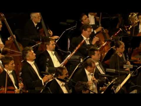 Magic Flute overture- Mozart - By the Wiener philharmoniker