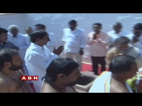 KCR | KCR Offers Prayers at Konaipally Temple | Nomination for Gajwel | ABN Telugu