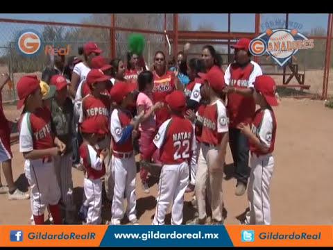 Porra de la Liga Tepeyac del Torneo de Béisbol Infantil Formando Ganadores