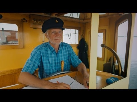 Ari the Steamboat Captain - FINLAND
