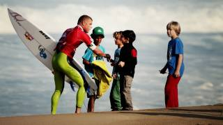 Mick Fanning Profile - Backstage - Quiksilver Pro France 2011