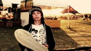 Watch Grieves Gwenevieve video