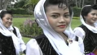 download lagu Nida Ria_swargo Nunut Neroko Katut_ gratis