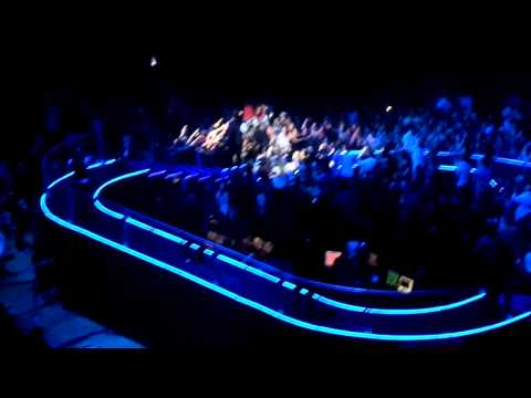 Michael Bublé - Who's Loving' You - HSBC Arena