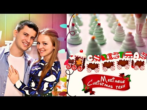 ГОТОВИМ ВОЗДУШНОЕ БЕЗЕ НОВОГОДНЯЯ ЁЛОЧКА | Meringue Christmas tree | SWEET HOME