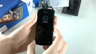 PureViewception: Nokia 808 PureView hands-on shot with Nokia 808 PureView