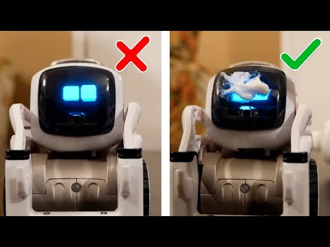 Cozmo Tries 5-Minute Crafts's Life Hacks