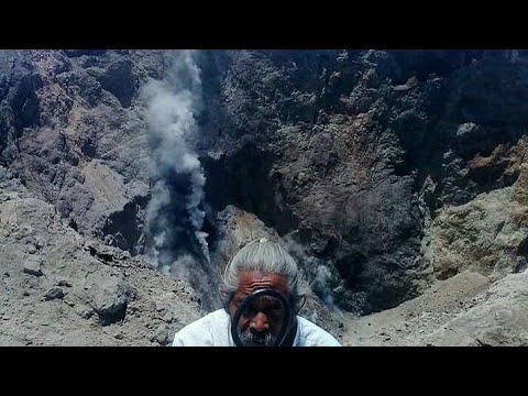 Suara Mengerikan Dari Gunung Agung Yang Siap Meletus Direkam Kakek Mangku Mongkoh