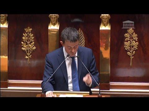 Quand Manuel Valls défie Nicolas Sarkozy