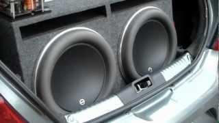 JL Audio W7 Loud Bass Excursion