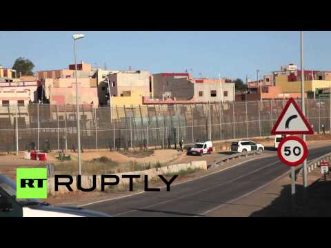 Spain: Police capture migrants storming Melilla border crossing