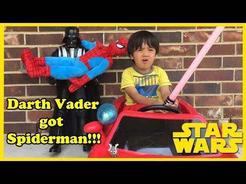 Star Wars DARTH VADER GOT SPIDERMAN Surprise egg toys Disney Frozen Ryan ToysReview