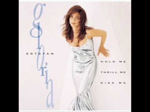Gloria Estefan - Love Me