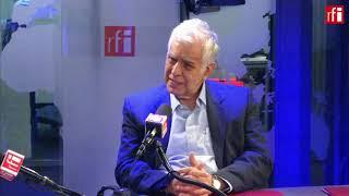 El escritor peruano Alonso Cueto  con Jordi Batallé en RFI