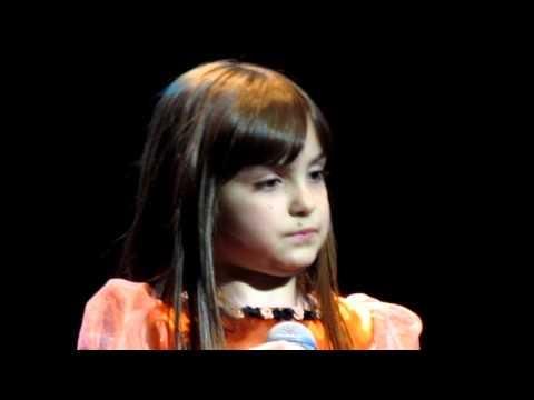 GUADALUPE MANENT/ NO LLORES POR MI ARGENTINA/ SHOW VALERIA LYNCH/ (Adriana Camaño)