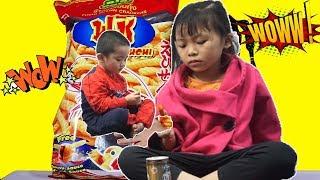 Bé bắp chơi bán đồ ăn cùng bé bún - BiBon TV