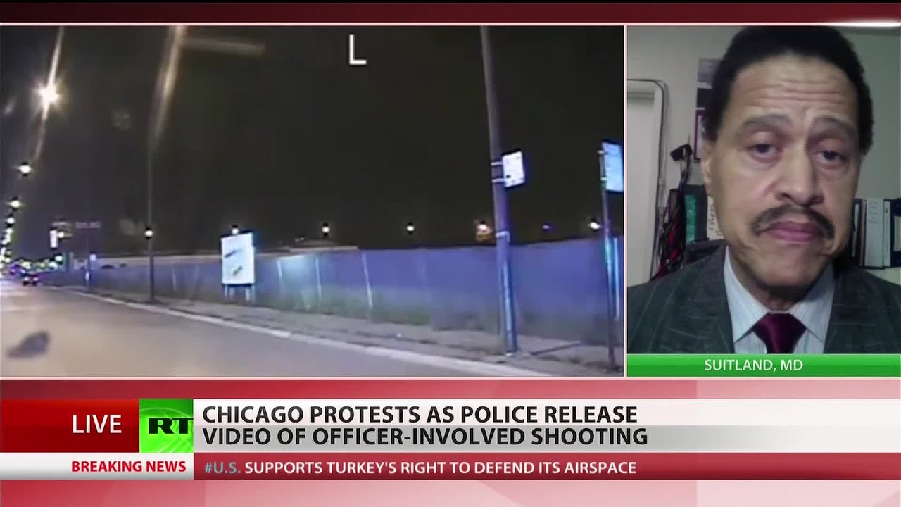 Dashcam footage shows Chicago cop shooting black teen 16 times
