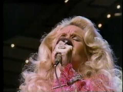 Lynn Anderson - Crying