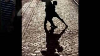 Watch Petula Clark Dancing In The Street video