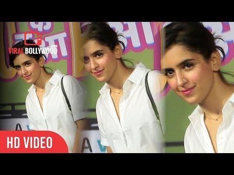 Dangal Girl Sanya Malhotra At Yo Ke Hua Bro Web Series Premiere | Viralbollywood thumbnail