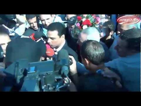 image vid�o وصول نادي الأهلي إلى تونس