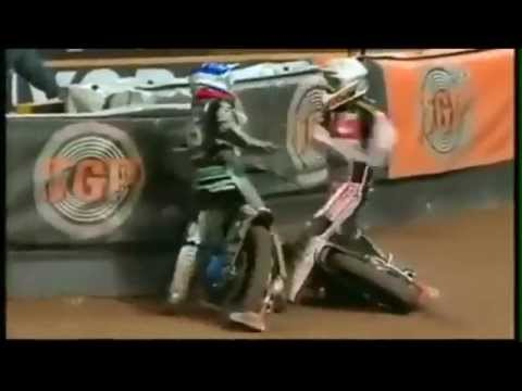 Helmet Fights - Fights in motorsport