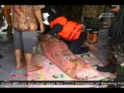 TOPIK ANTV Jakarta Dikepung Banjir, Live Report By Restu Wulandari