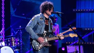 Ryan Adams Performs To Be Without You