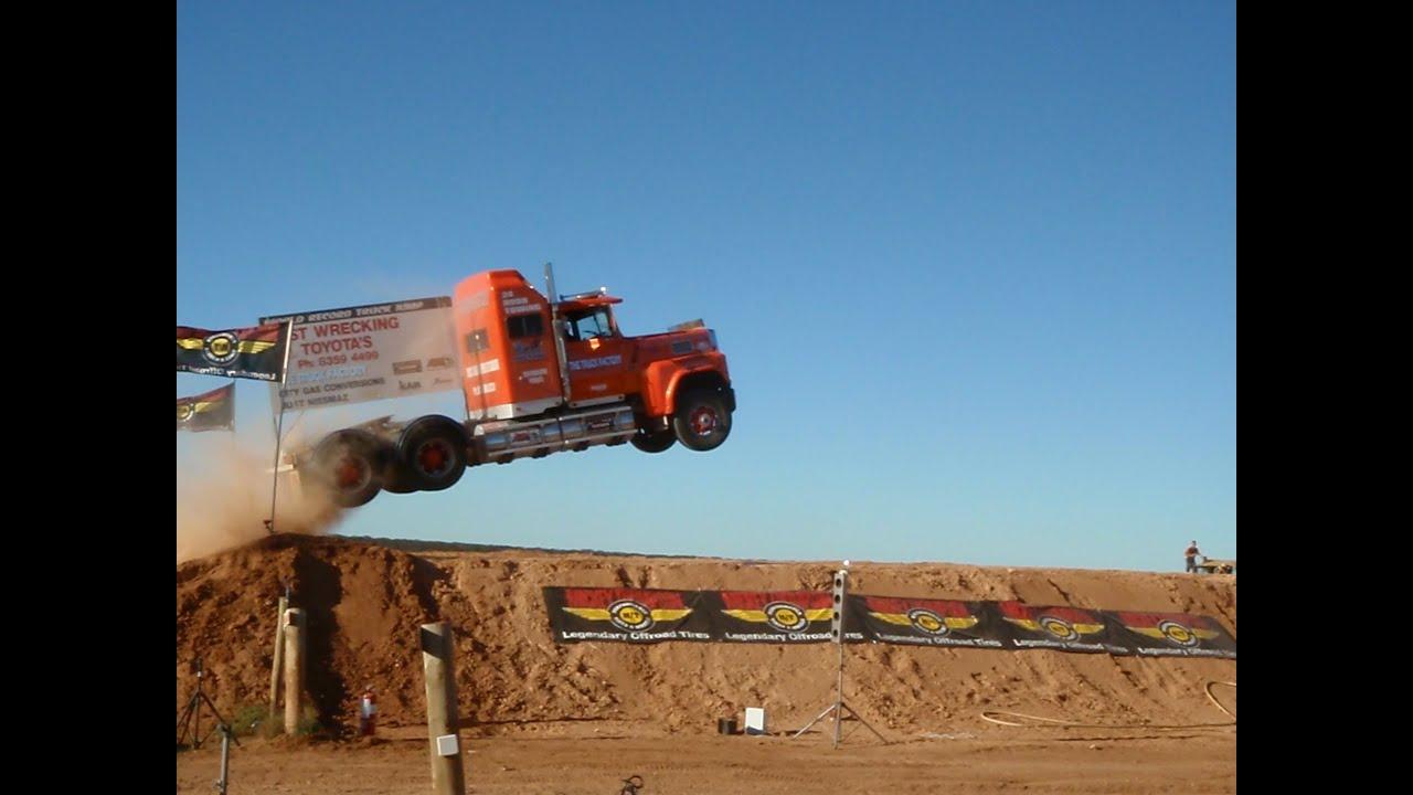 Semi Truck Ramps Semi Jump World Record Truck
