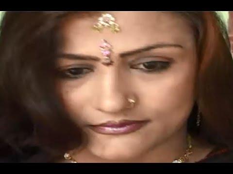 Mukhrda Kya Dekhe Darpan Mein - Le Le Jala Piyawa | Bhojpuri Nirgun Bhajan | Sung By Madan Rai video