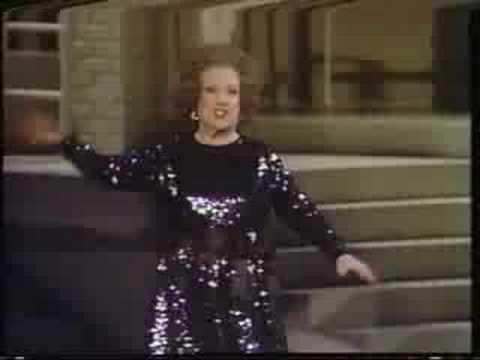 Ethel Merman sings