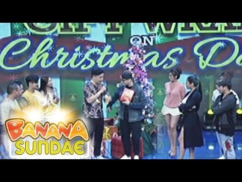 Banana Sundae: Gift Wrap on Christmas Day - Something That Reminds Me Of You