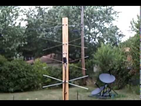 Make a Coat Hanger HDTV Antenna (Weather proof)