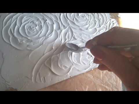 розы на стене, цветы из шпаклевки
