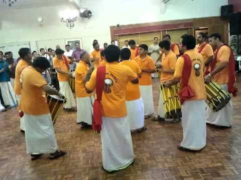 Bolton Beats At Bma Onam 2011 video