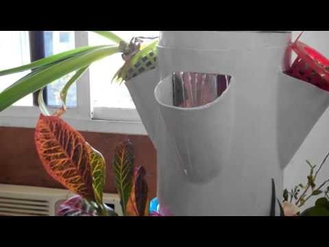 HydroTower- Hydroponics vertical gardening systems