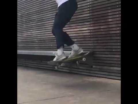 We can watch @rollersurfer all day via @funkyskateclips | Shralpin Skateboarding
