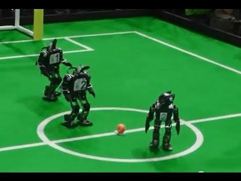 Humanoid mini robot soccer Robocup 2013 Holland ( WK games robotvoetbal Netherlands )