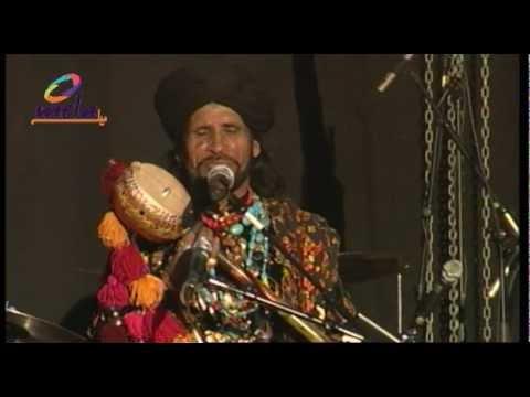 Ek Alif- Saeen Zahor  & Noori Live
