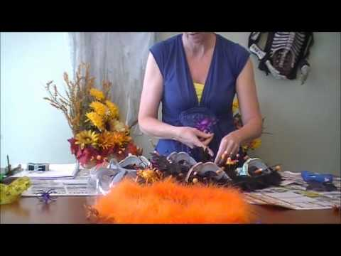 How to Make a Halloween Wreath (Video)