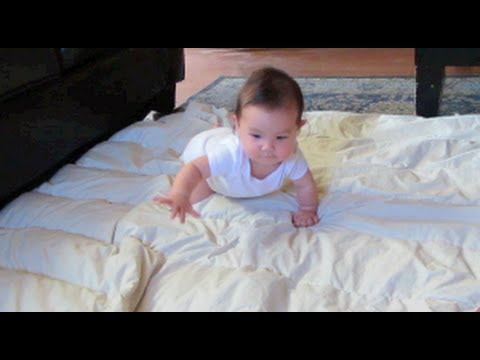 Julianna's First Time Crawling! May 28, 2013- ItsJudysLife