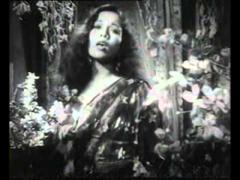 Haye Kisi Ki Yaad Sataye-- Sitara Devi --film- Aabroo(1943) video