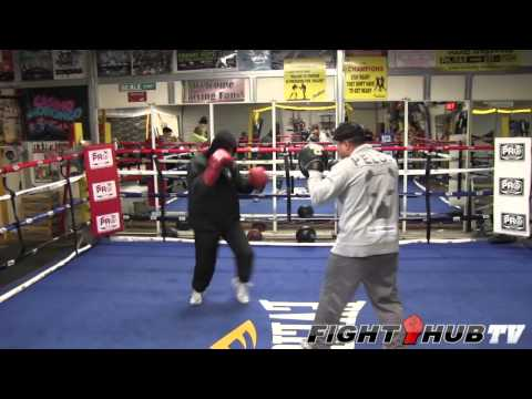 Mikey Garcia vs. Orlando Salido: Garcia shadow boxing and mitt routine w/Robert Garcia