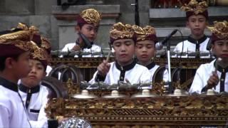 "Download Lagu Bali Arts Festival 2016: Ceraken musik tradisional radikal, plays ""Jerebon"" Gratis STAFABAND"