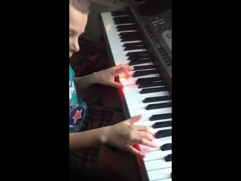 Luka Barbarich playing Harry Potter by John Williams Part 3